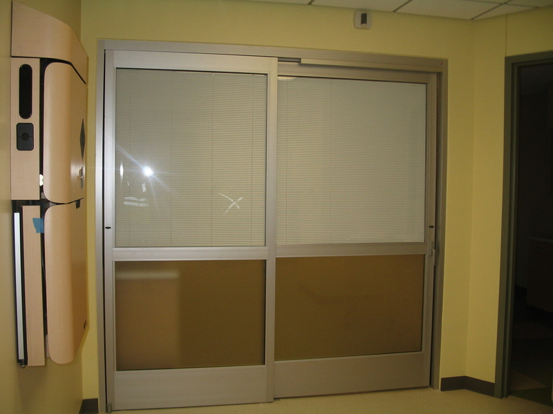 IE Blinds Aluminum Sliding Door